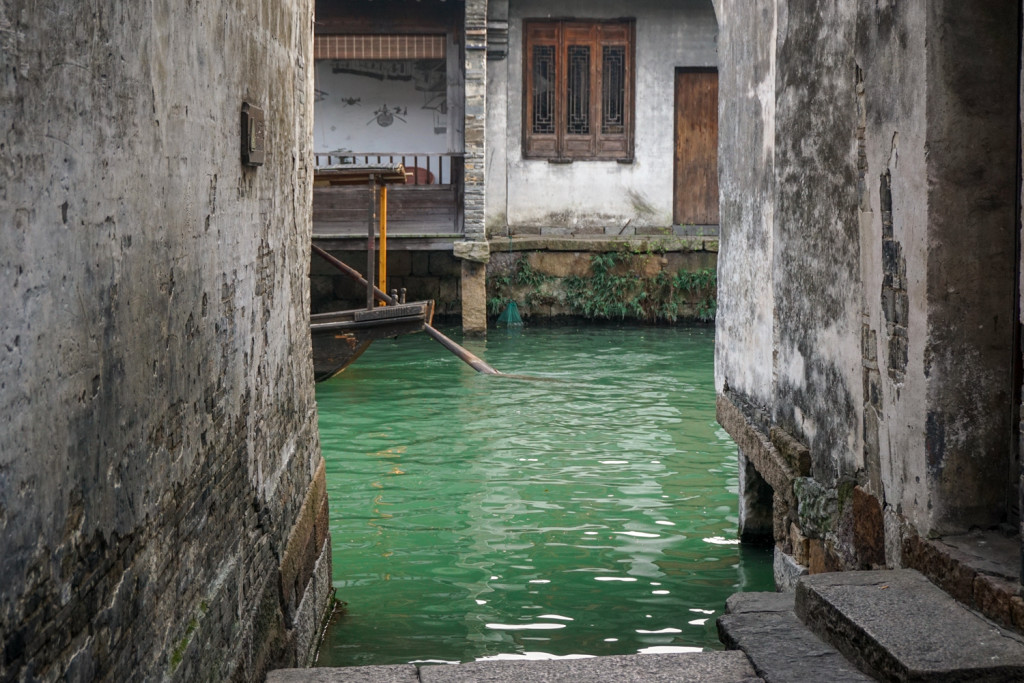 We visited the water town of Wuzhen, on our way to Hongzhou.