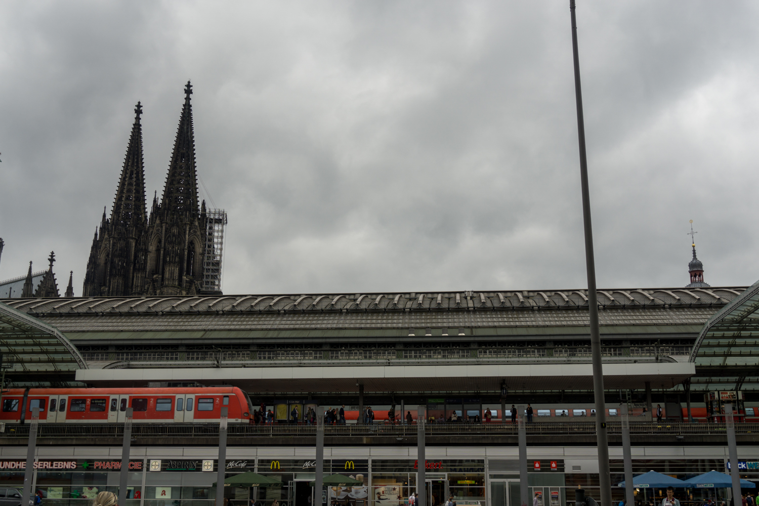 COLOGNE: The Dom and the central train station